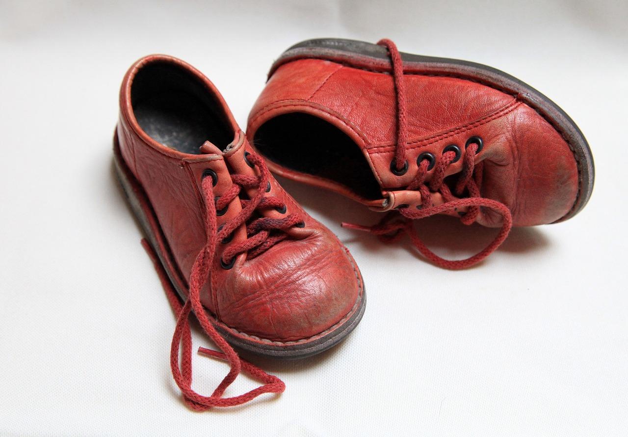 赤い靴 なのです
